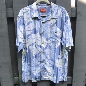 Tommy Bahama Blue Hawaiian Hibiscus Floral Button